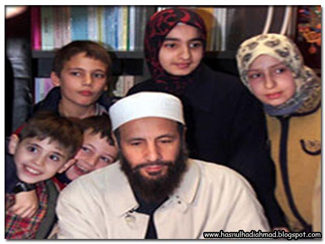 Yusuf Islam Bersama Keluarga