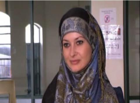 Gambar Nicole Queen Setelah Islam